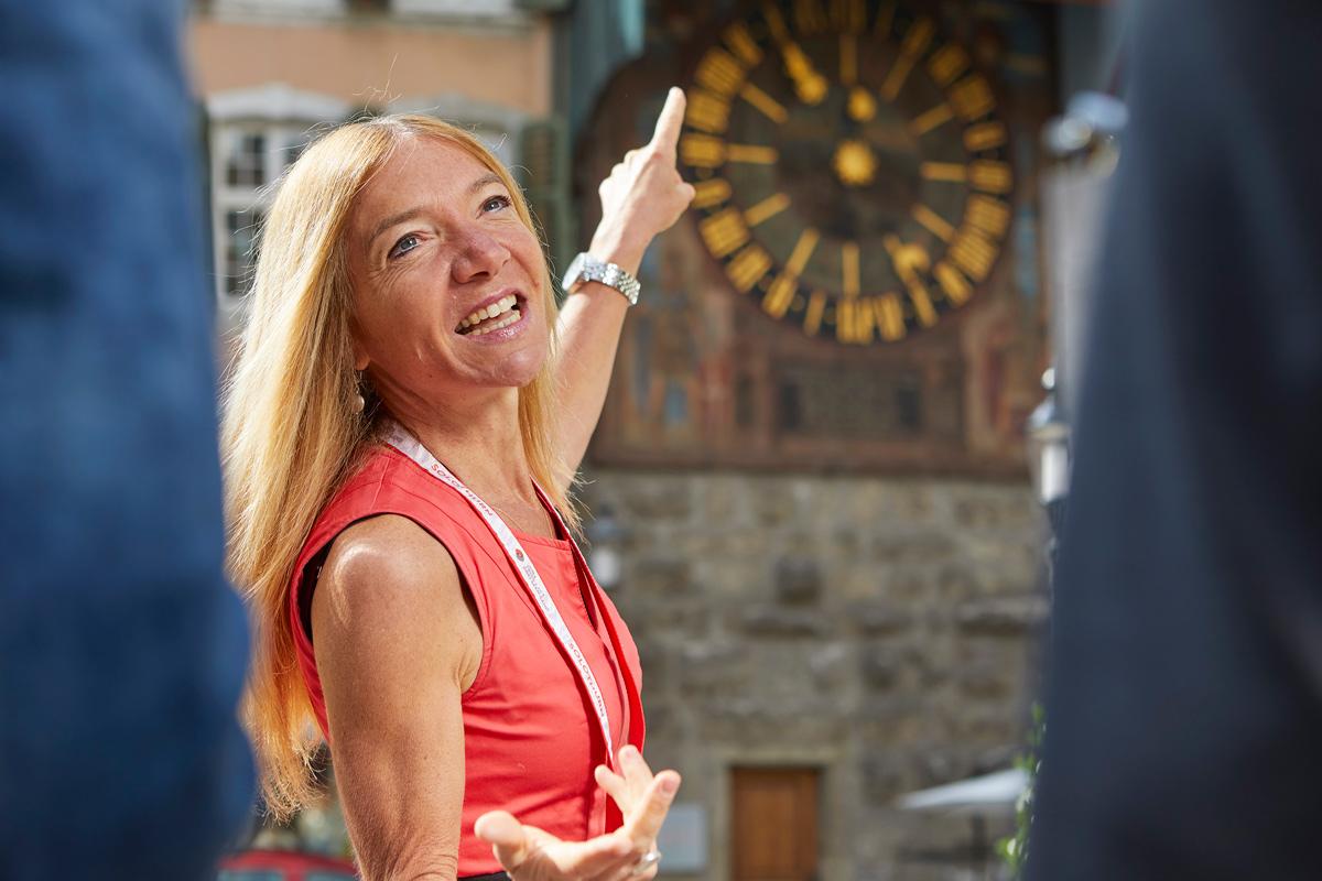Claudia Sollberger, Stadtführerin von Solothurn Tourismus, ist Botschafterin der Altstadt. © Tino Zurbrügg